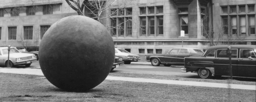 Image of original 1980 siting of Black Sphere