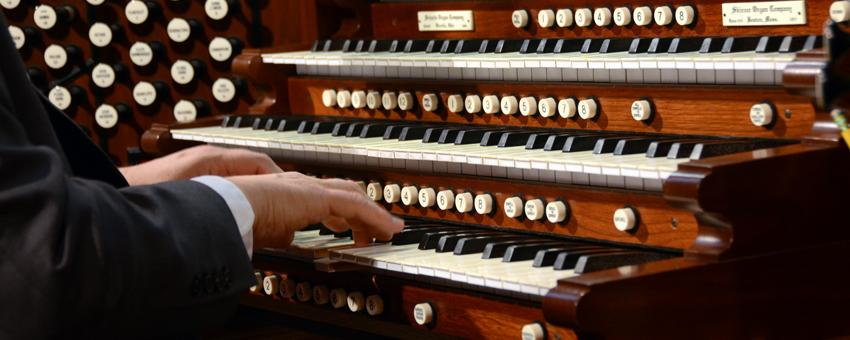 Movement on the grand E.M. Skinner organ