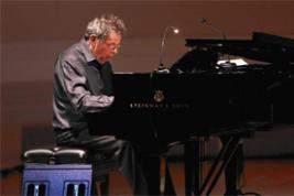Philip Glass at Carnegie Hall (Photo: Neilson Bardard, 2015)