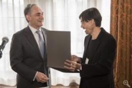 President Robert J. Zimmer awards the 2015 Gordon J. Laing Prize to Prof. Mauricio Tenorio-Trillo